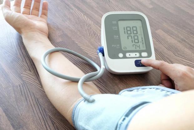 minden a magas vérnyomásról a programban jól él
