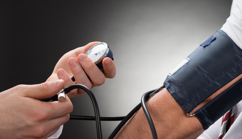 1 segítség magas vérnyomás esetén