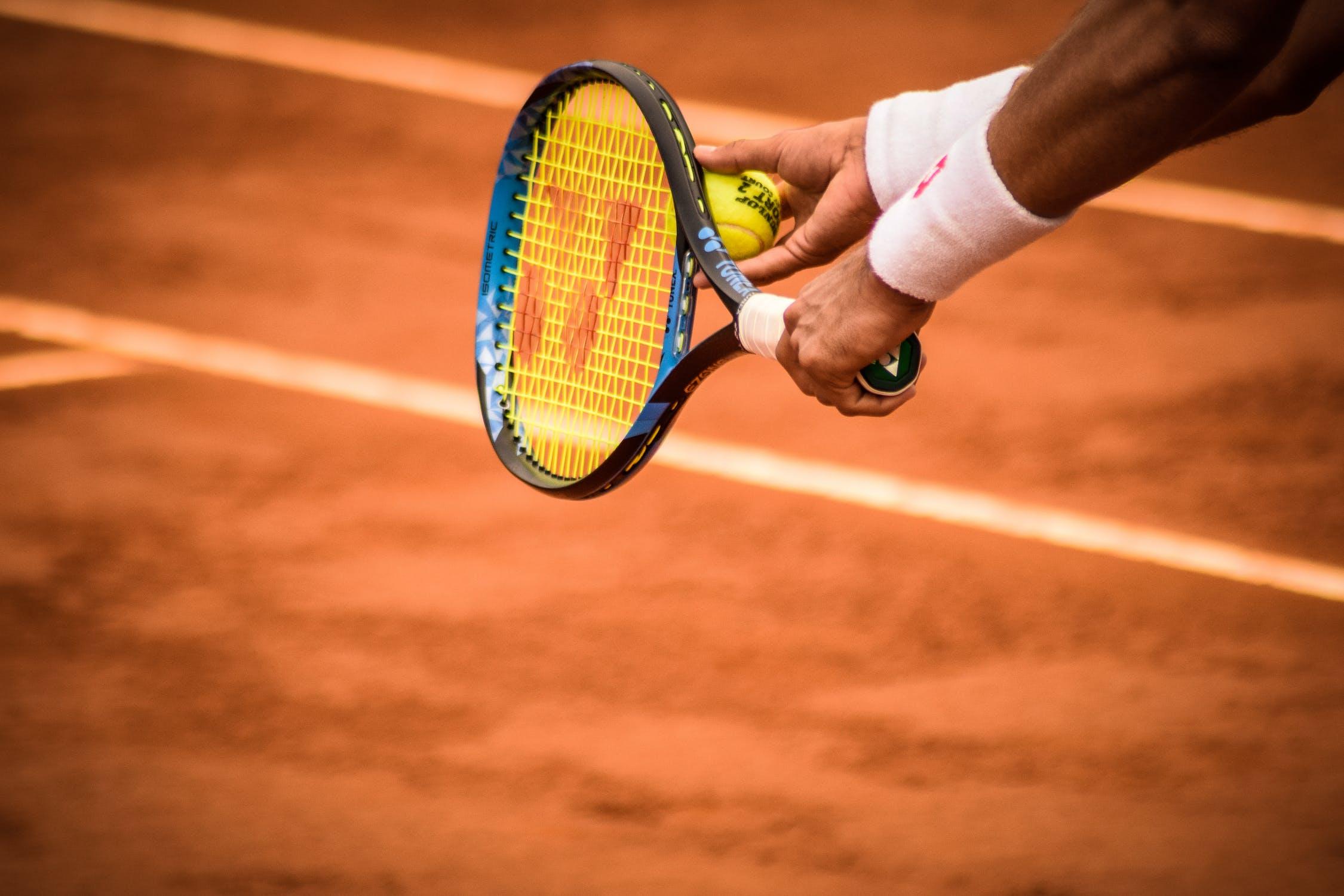 magas vérnyomás és tenisz)