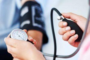 pihenés és a magas vérnyomás kezelése)