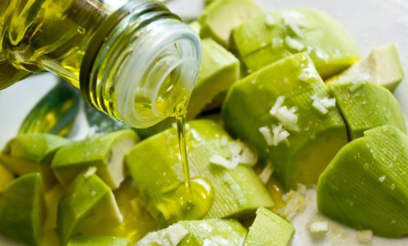 Magas vérnyomás ellen: túlsúly és só nélkül, zöldfűszerrel - EgészségKalauz
