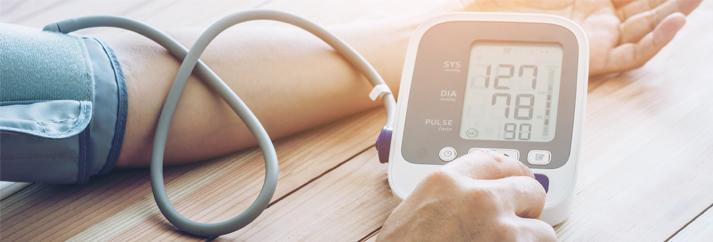 Tartósan fennálló magas vérnyomás: ezek a veszélyei