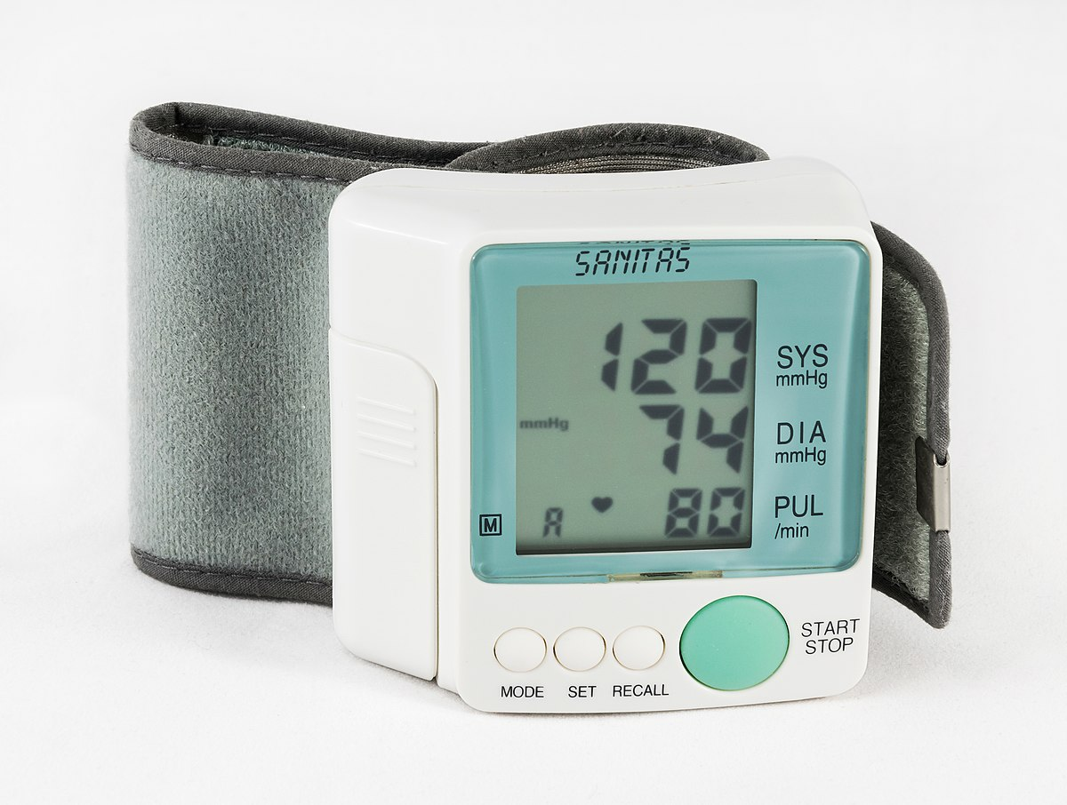 magas vérnyomás alacsony vérnyomás esetén)