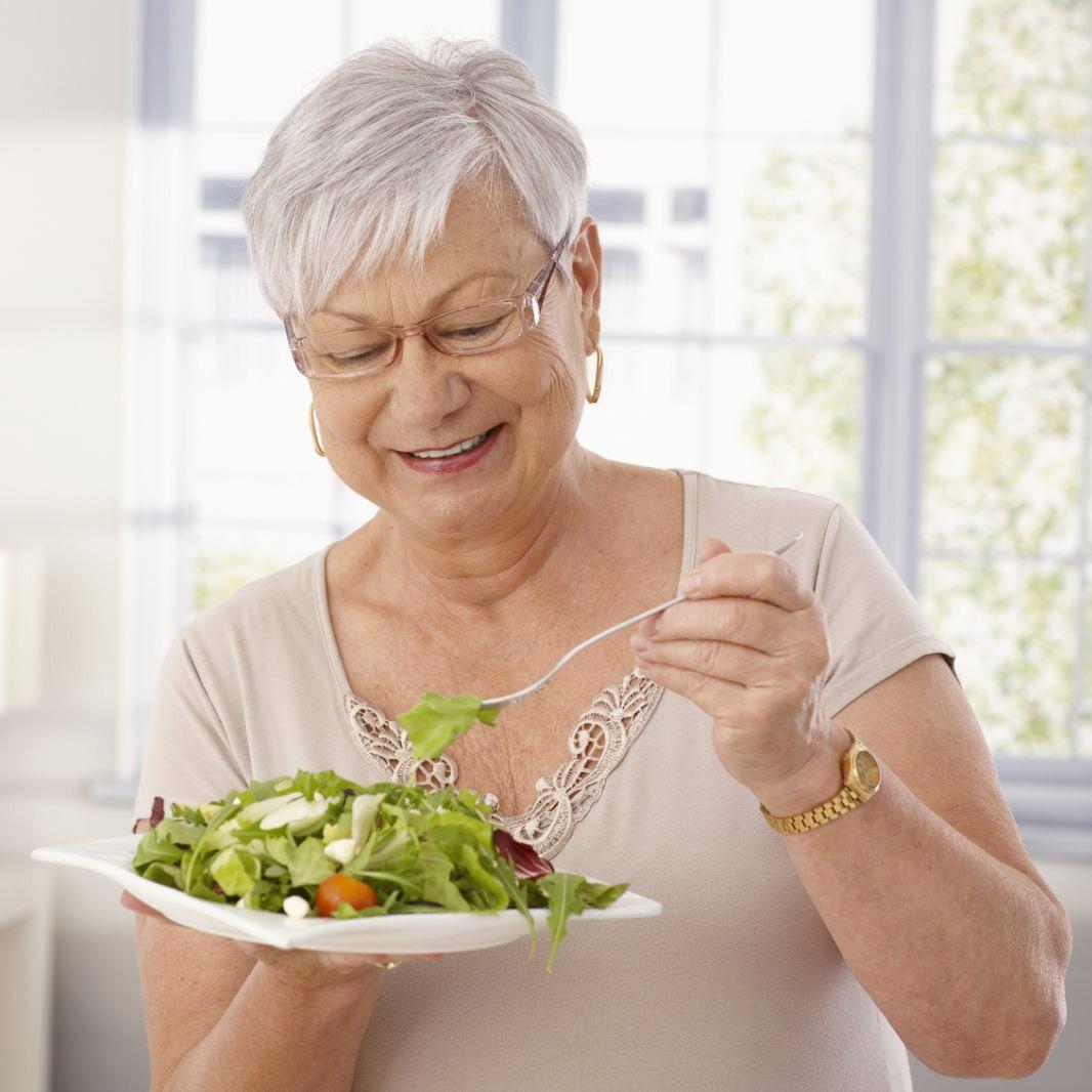 milyen ételeket nem szabad fogyasztani magas vérnyomás esetén)