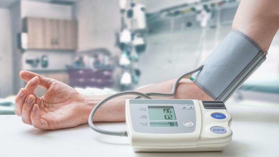 magas vérnyomás panaszok mintája mit kell bevenni a magas vérnyomás hányingerére