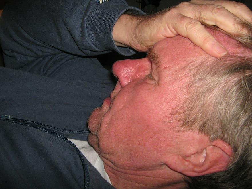 Fejfájás, migrén kezelése | ExtractumPharma