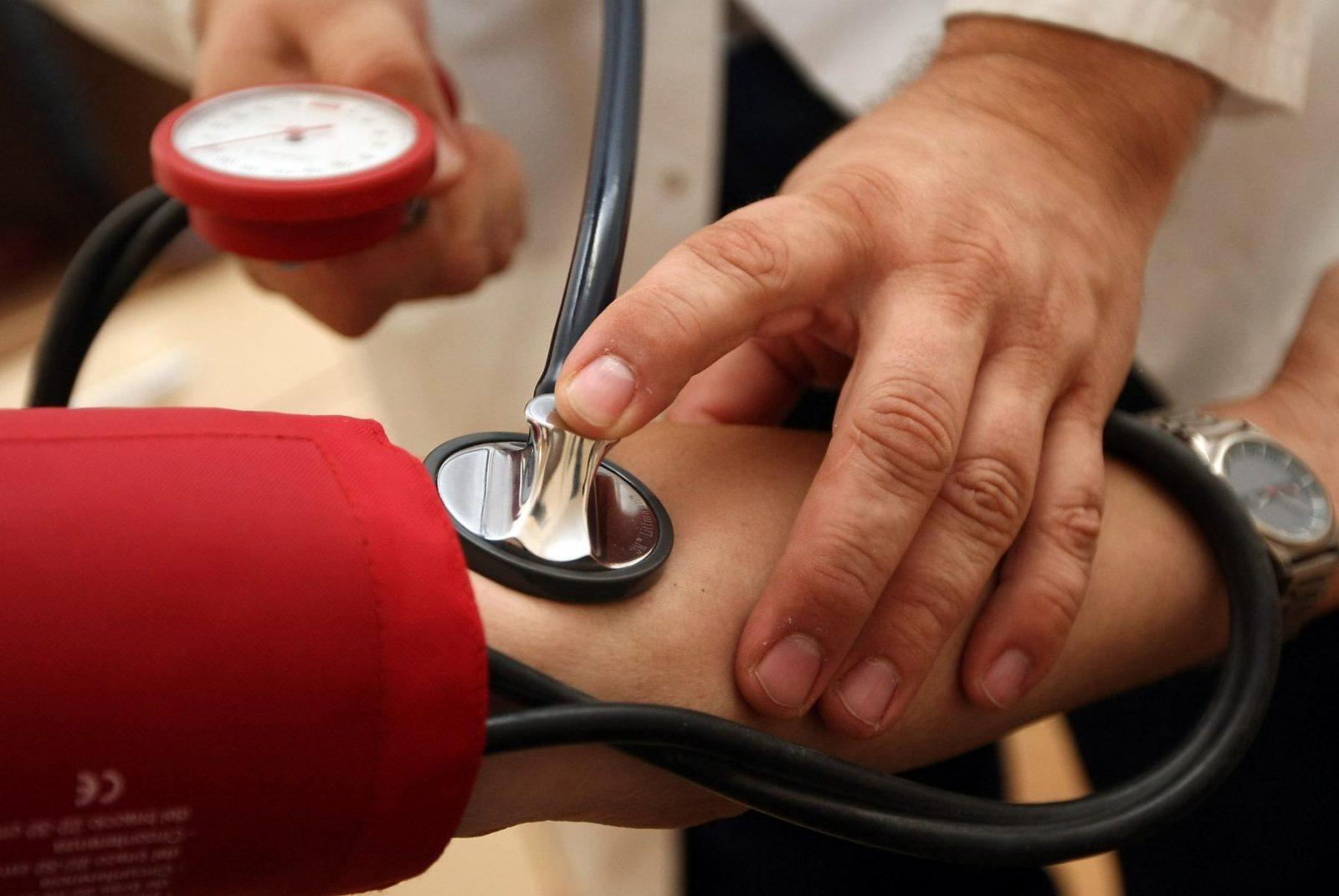 magas vérnyomás és fertőzés)