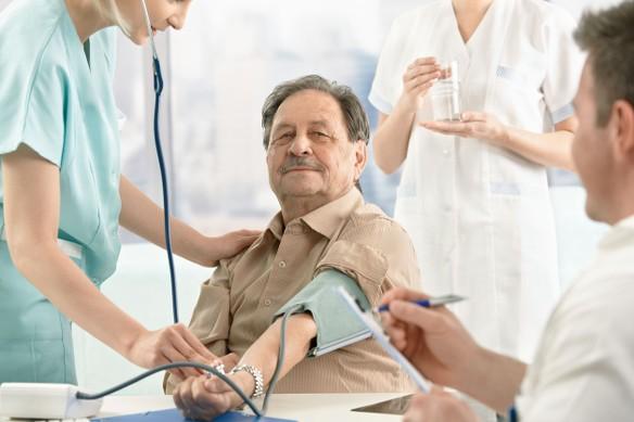 egészséges élő közvetítés a magas vérnyomásról)