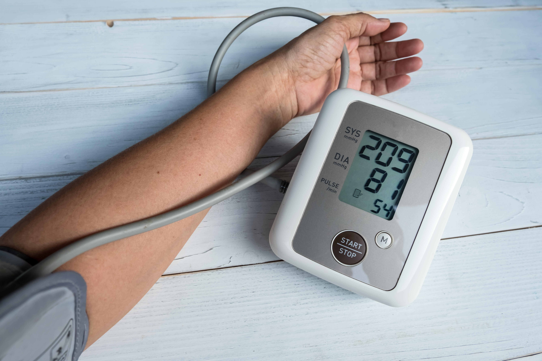 aki futással gyógyította meg a magas vérnyomást