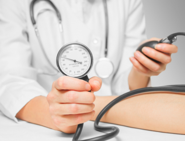 Teszt - vajon Ön mennyire veszélyeztetett magas vérnyomás szempontjából?   Csaláhopmester.hu