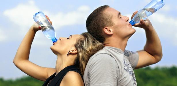 Iszik Ön eleget? Amit a folyadékfogyasztásról tudni kell!