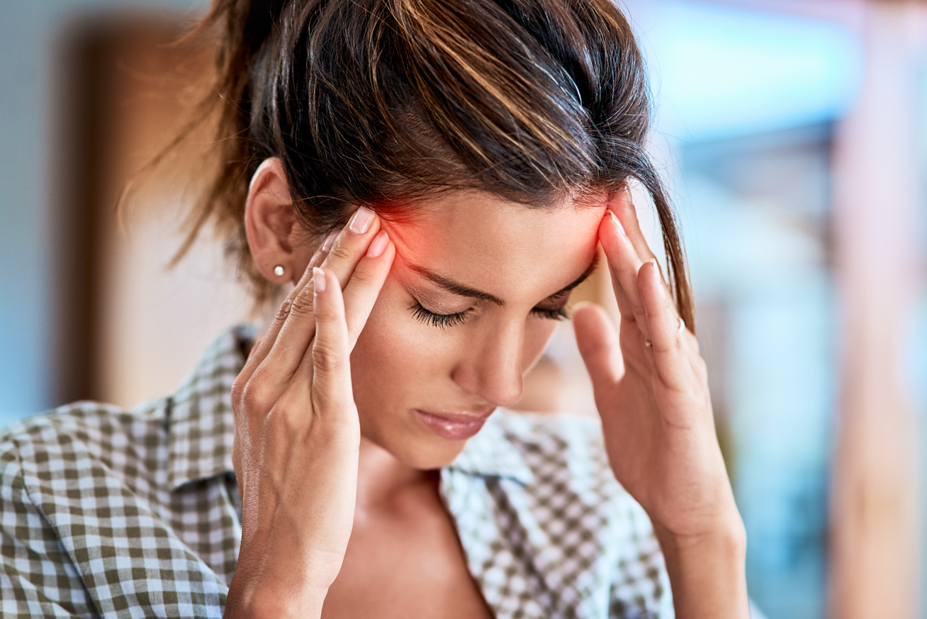 magas vérnyomás fájdalom a templomokban