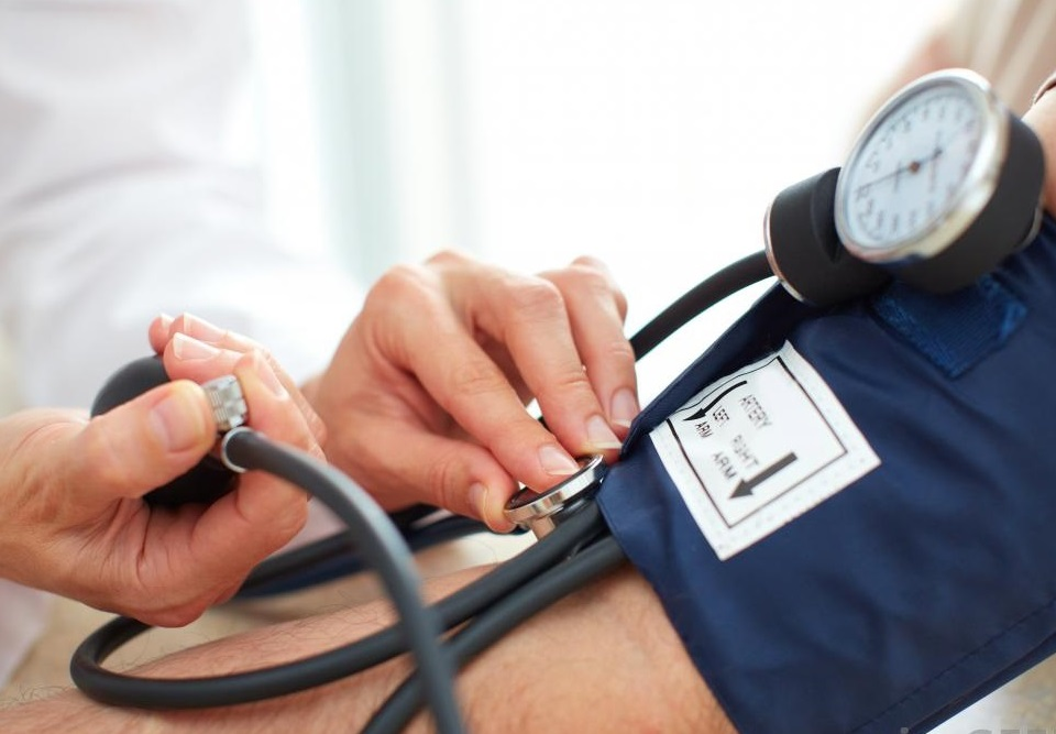 magas vérnyomás ideg befogása