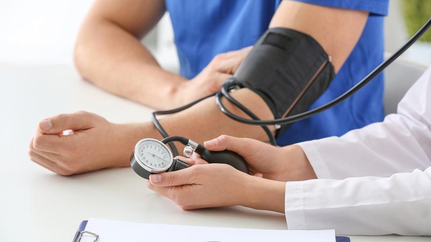 magas vérnyomással diagnosztizálták